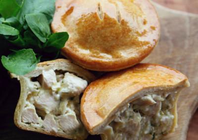 Tom's Pies Mini Chicken with Cream & Herb Sauce