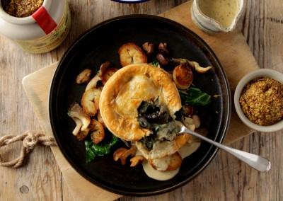 Tom's Pies Mushroom & Spinach with White Truffle Oil (V)