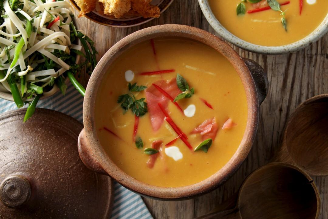 Butternut Squash, Coconut & Lemongrass Soup